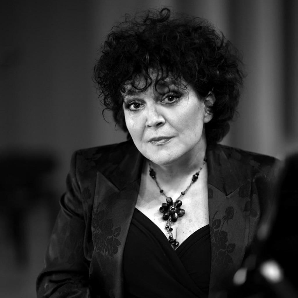 dr hab. Monika Gardoń-Preinl